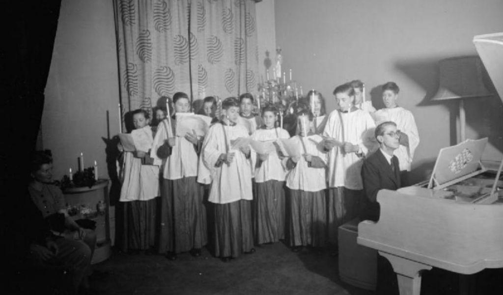 choir_1366x800