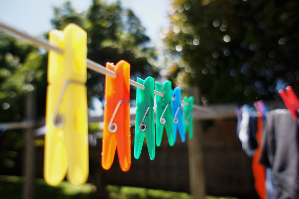 Washing line by Victor U